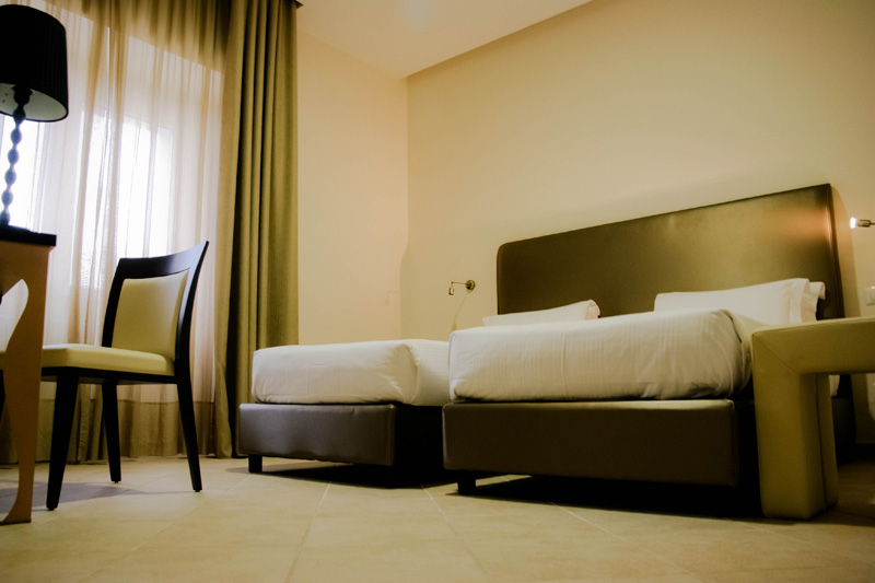 bronze-9-camera-room-hotel-antico-pastificio-sarubbi-stigliano