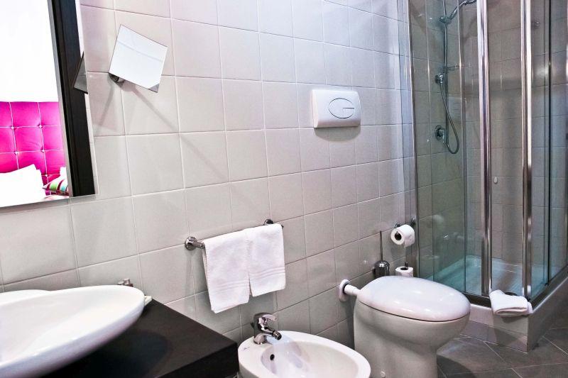 fuksia-dettagli-camera-hotel-antico-pastificio-sarubbi-stigliano-6