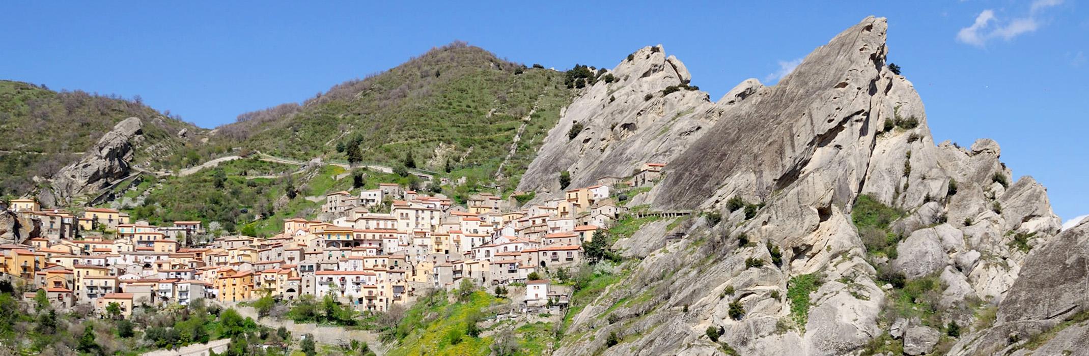 Castelmezzano-Bailicata-AnticoPastificioSarubbi-Hotel-Stigliano